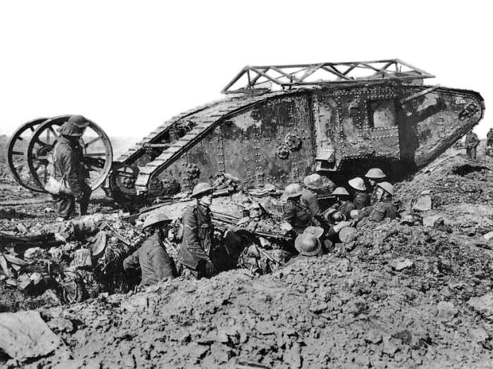 British_Mark_I_male_tank_Somme_25_September_1916